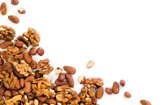 Орехи, сушеные фрукты и овощи