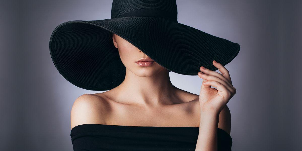 Картинки на аву девушки со спины в шляпе