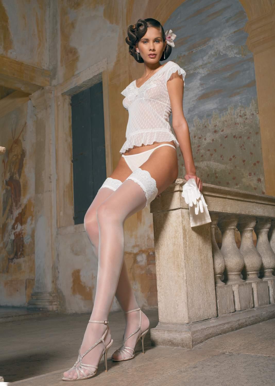 Купить чулки женские Trasparenze Minerva белые 4 (L), цены в Москве на goods.ru