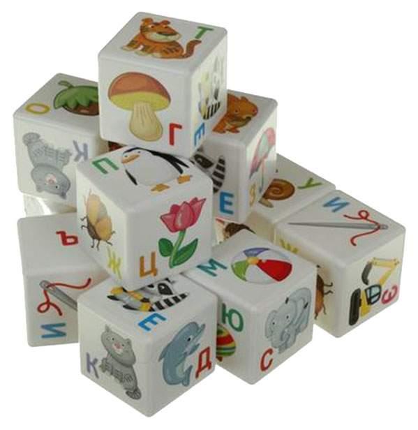 Кубики для настольных игр Десятое Королевство Азбука 00712