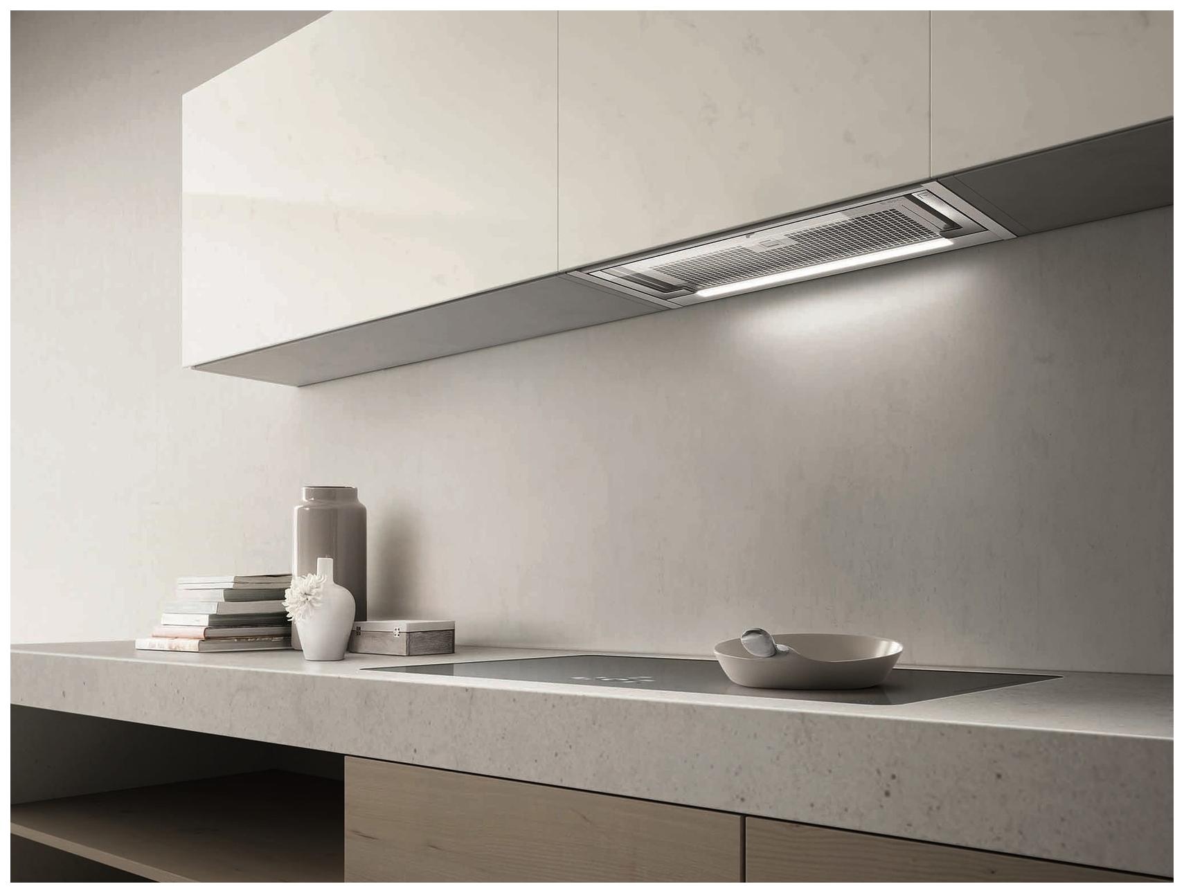 фото кухонь со встроенной вытяжкой снеговик