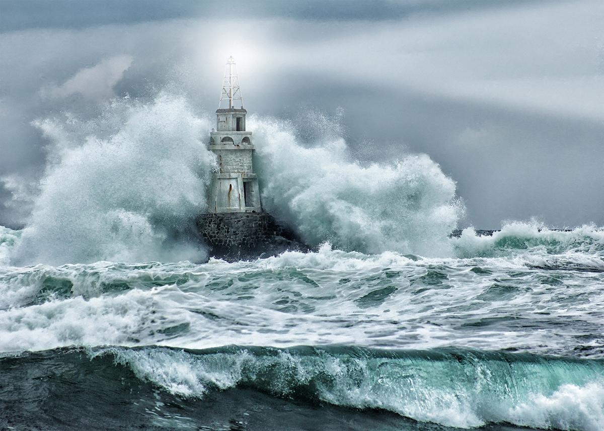 литераторы постер море с маяком любого живого