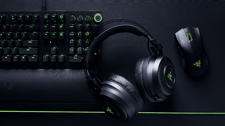 Игровые наушники Razer Nari Wireless  Black/Green (RZ04-02680100-R3M1)