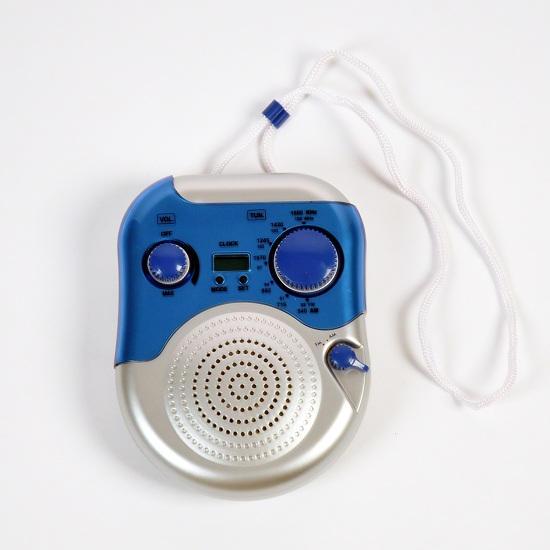 Радио для душа и часы (2 в 1)