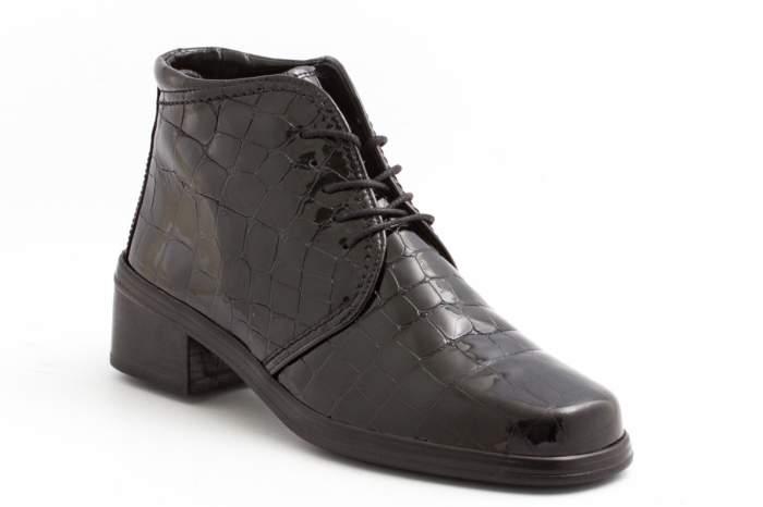 Ботинки женские GABOR 04-540-97 черные 40.5 RU