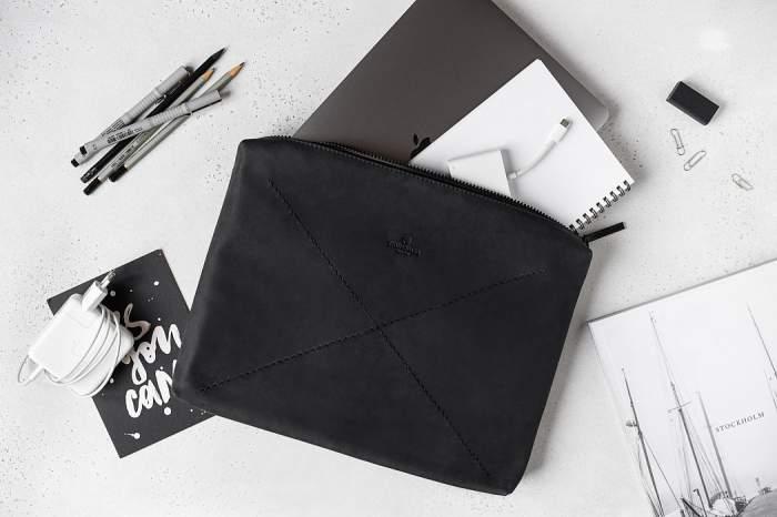 Чехол Stoneguard 522 для MacBook Pro/Air 13'' Black