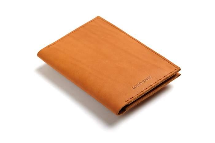 Обложка для паспорта унисекс LONG RIVER Руга оранжевая