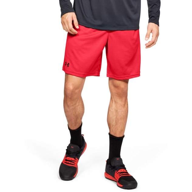 Шорты спортивныеUnder Armour Tech ™ 22.5cm Mesh, красный