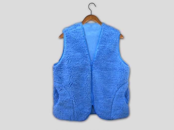 Утепленный жилет женский TapModa ТМ 126-50 голубой 50-52