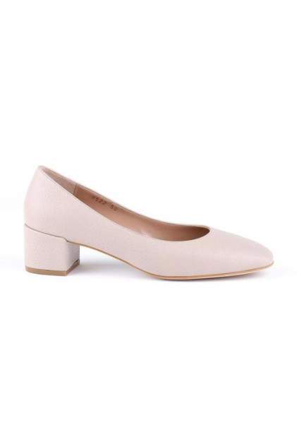 Туфли женские Shoes Market O1913 бежевые 39 RU