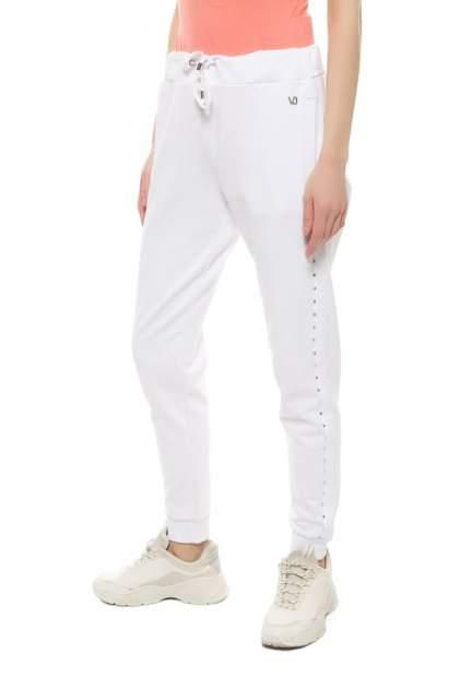 Спортивные брюки женские VERSACE A1HRA15430586003 белые XS