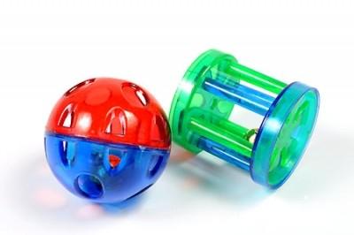 Beeztees Набор игрушек для кошек Мяч-погремушка и цилиндр с колокольчиком.