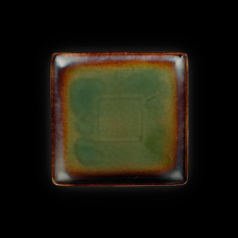 Тарелка квадратная 8,25