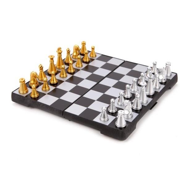 Шахматы настольные магнитные Shantou Gepai 1510A