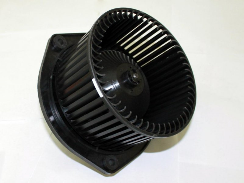 Вентилятор отопителя LYNXauto RF1256