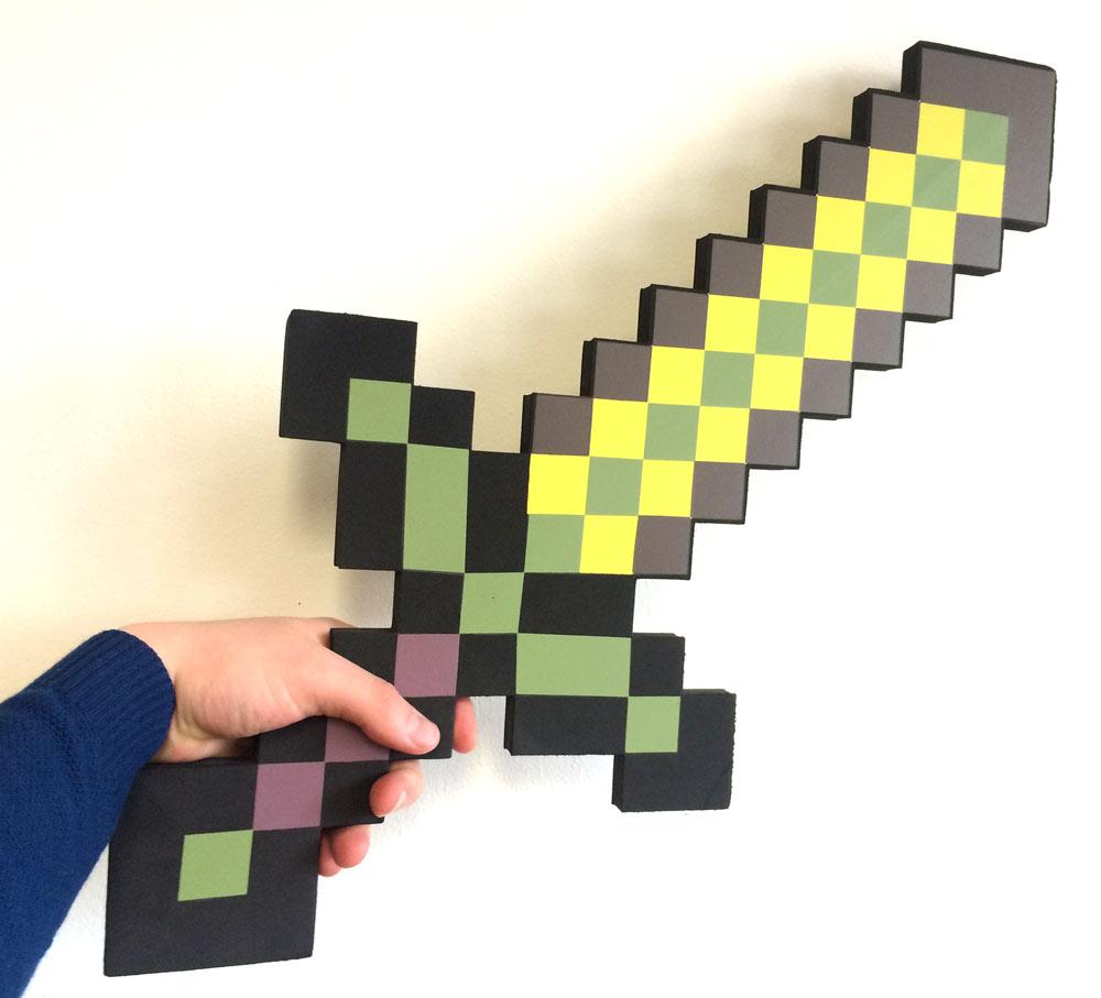 Золотой меч (пенный наполнитель) из Майнкрафт