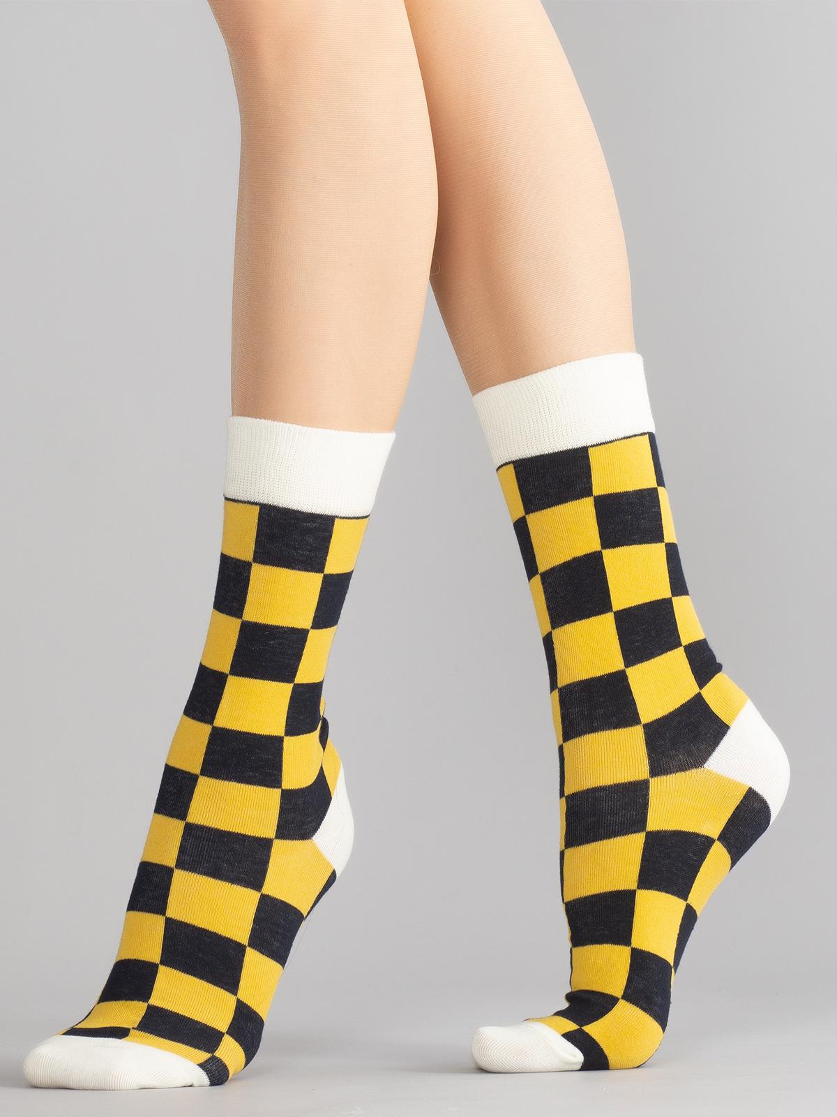 Носки женские Hobby Line HOBBY 80126-13-06 желтые 36-40