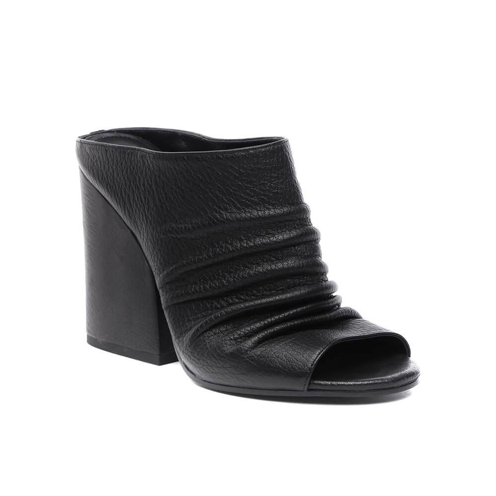 Сабо женские Vitacci 149249-1 черные 35 RU