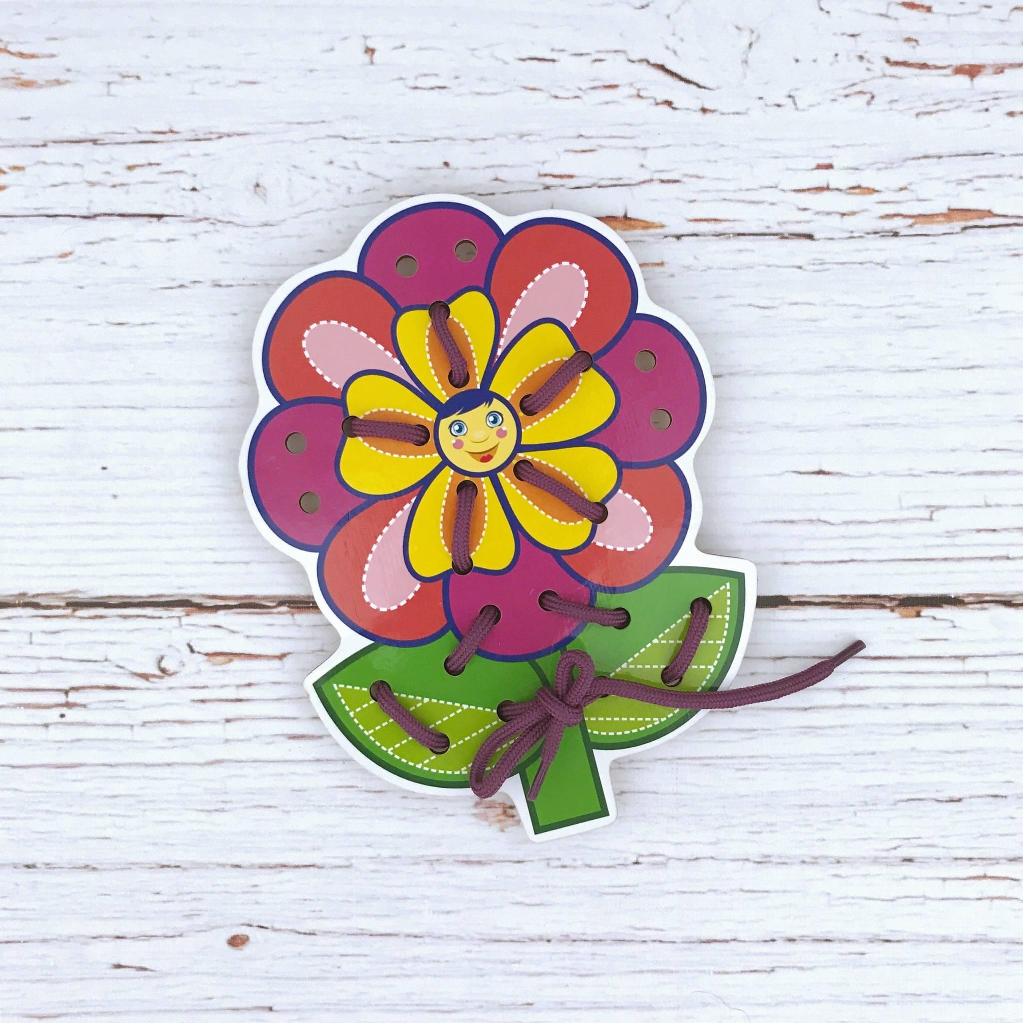 WoodLandToys Шнуровка цветная Цветочек-2 017107 WoodLand