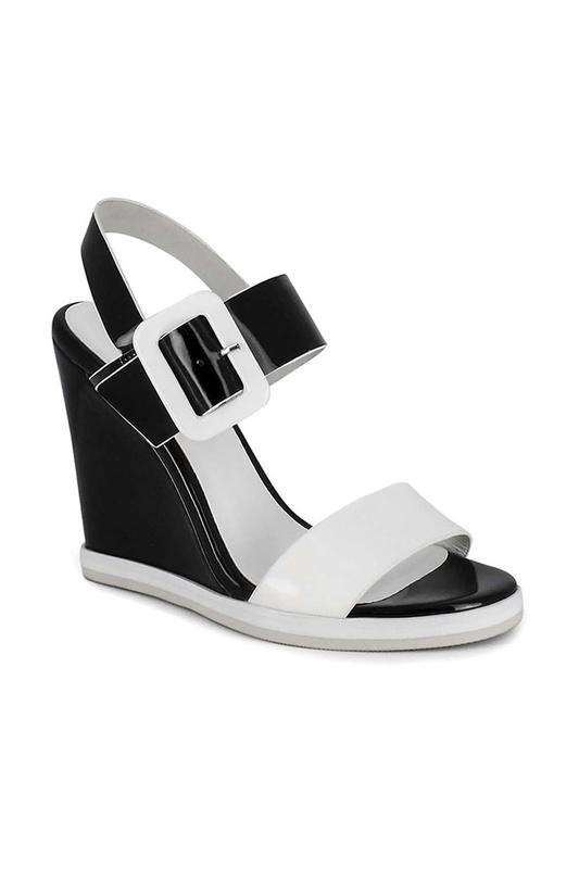 Босоножки женские Just Couture 47990 черные