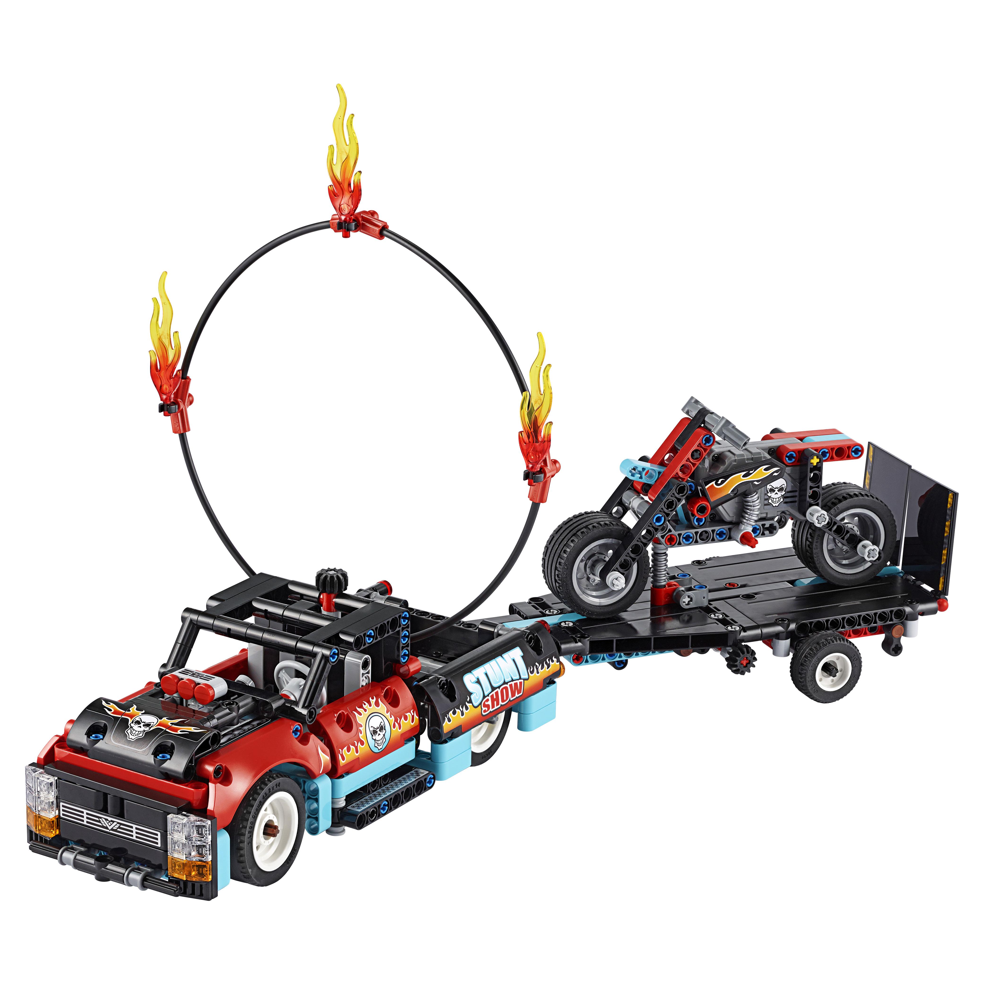 Конструктор LEGO Technic 42106 Шоу трюков