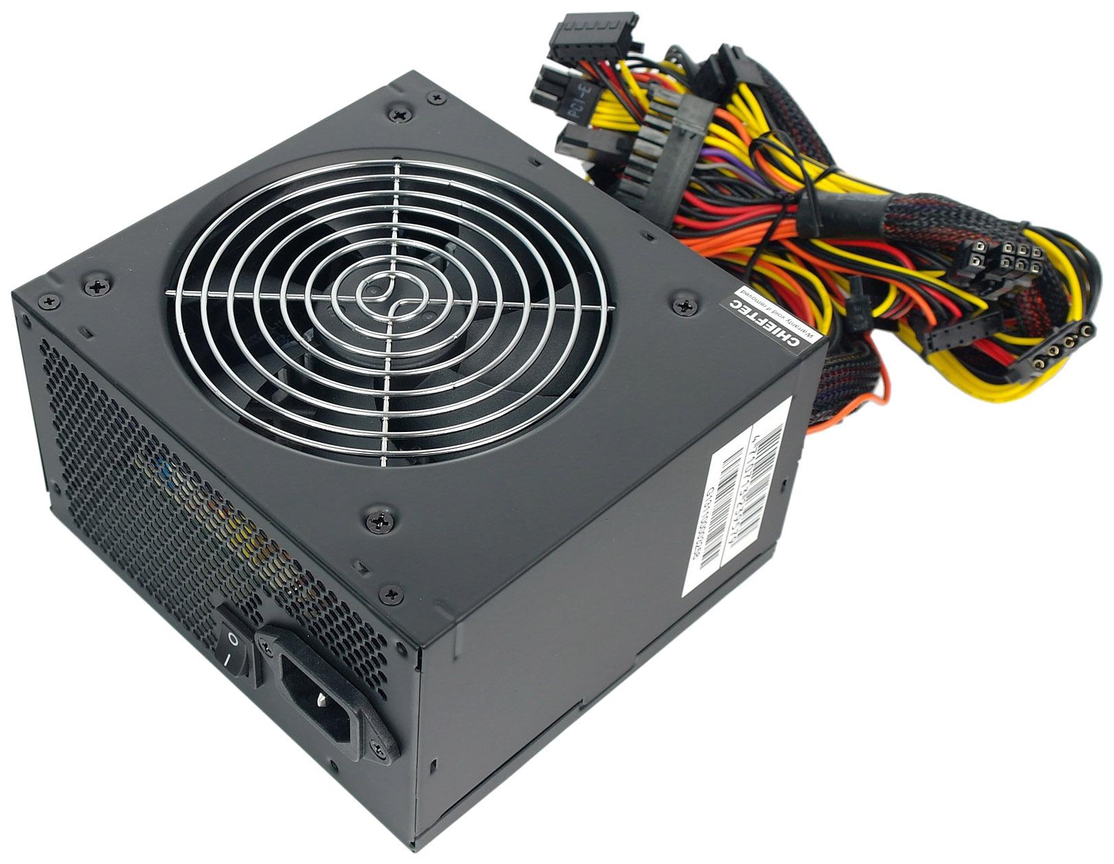 Блок питания компьютера Chieftec SMART GPS-700A8  - купить со скидкой
