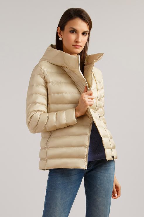 Куртка женская Finn Flare B19-11008 бежевая S фото