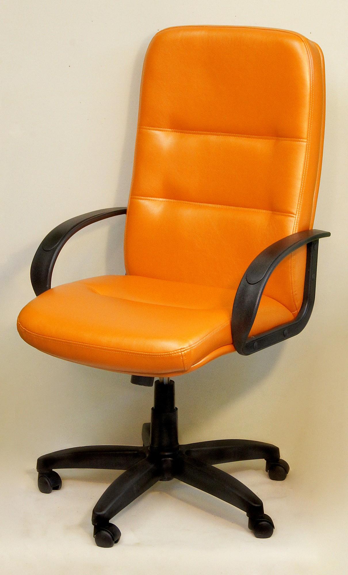 Кресло компьютерное Пилот