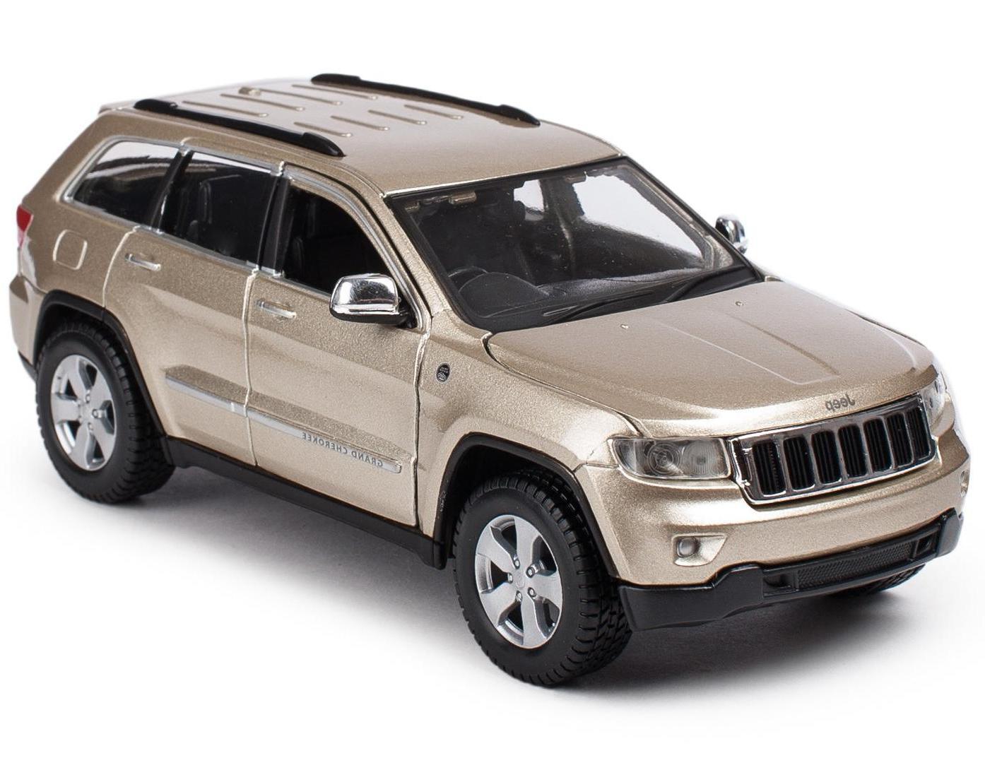 Купить Машинка Maisto бронза - Jeep Grand Cherokee Laredo 2011г 1:24, Игрушечные машинки