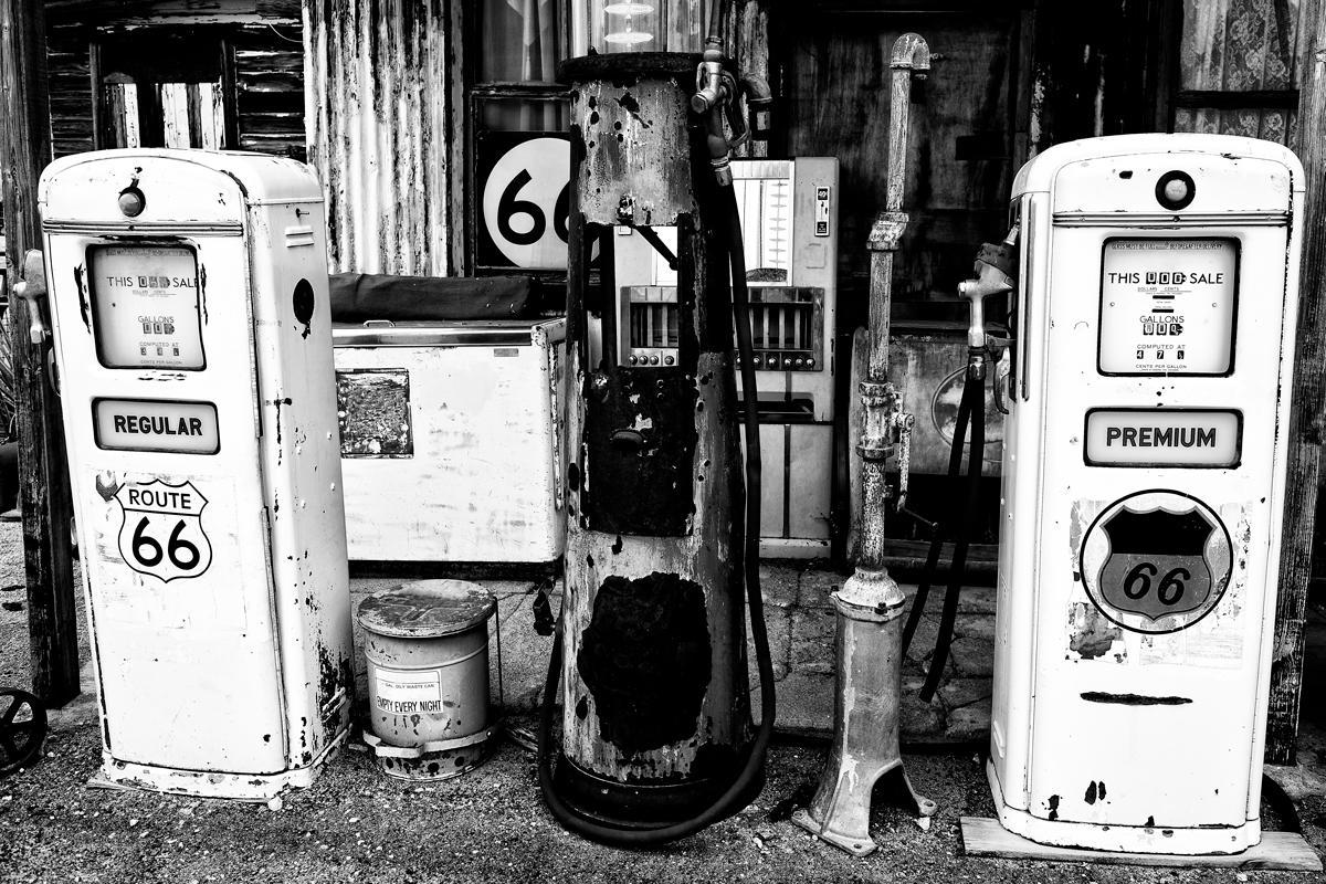 этой старые бензоколонки фото грузовиков