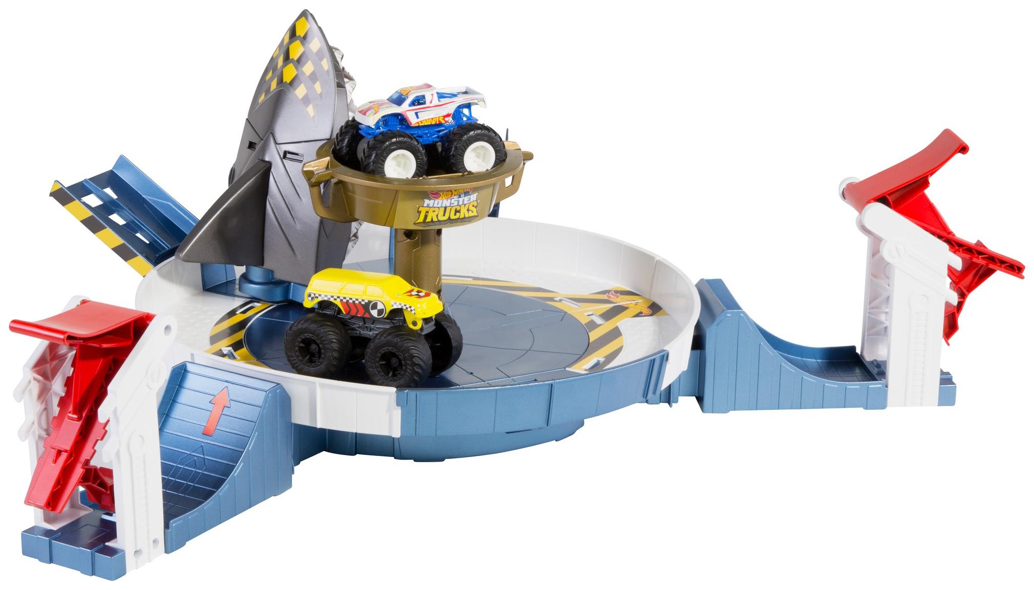 Купить Mattel Hot Wheels FYK14 Хот Вилс Игровой набор Монстр трак Поединок с акулой, Наборы игрушечного транспорта
