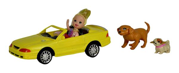 Купить Куколка-путешественница в машине, арт. 68117, Наша игрушка, Классические куклы