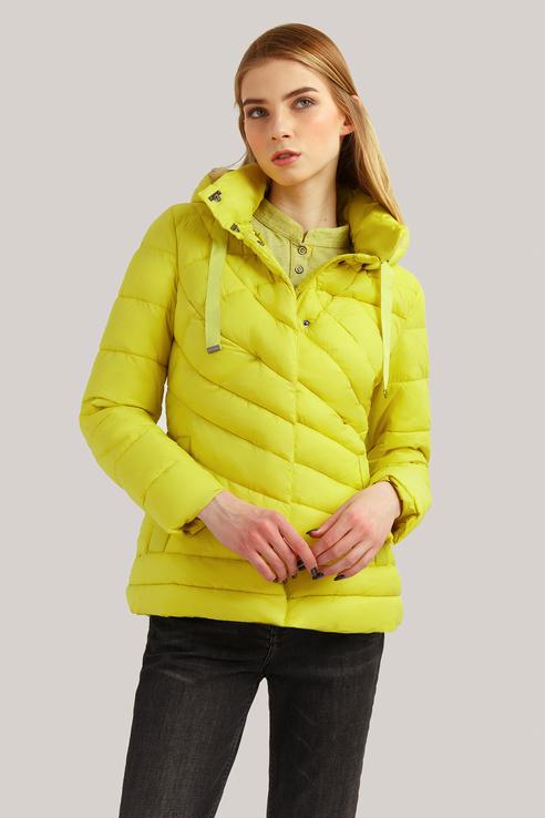 Куртка женская Finn Flare B19-12017 желтая S фото