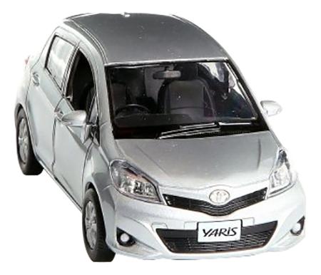Коллекционная модель Toyota Yaris серебристая RMZ City 554013 1:32 фото