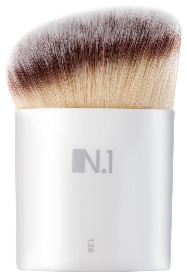 Кисть для макияжа N.1 Кабуки плоская из ворса таклон