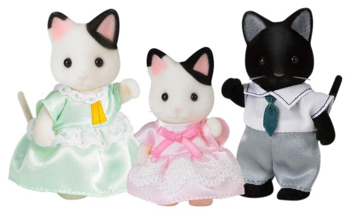 Игровой набор Sylvanian Families Семья Черно-белых котов (3 фигурки)