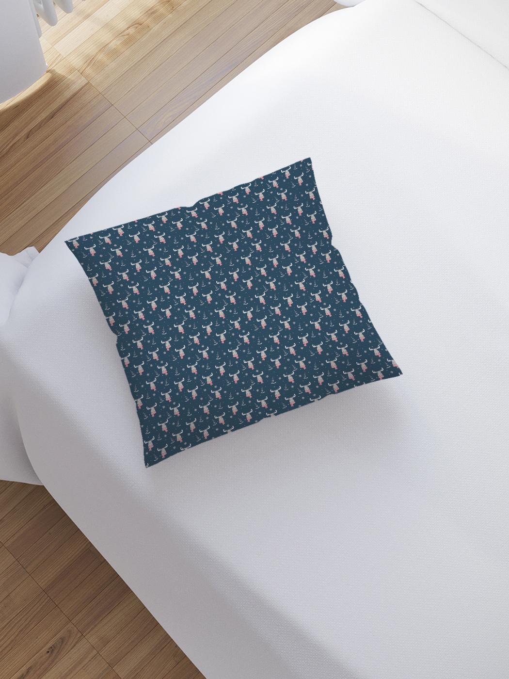 JoyArty Наволочка декоративная «Модный лось» на молнии, 45x45 см