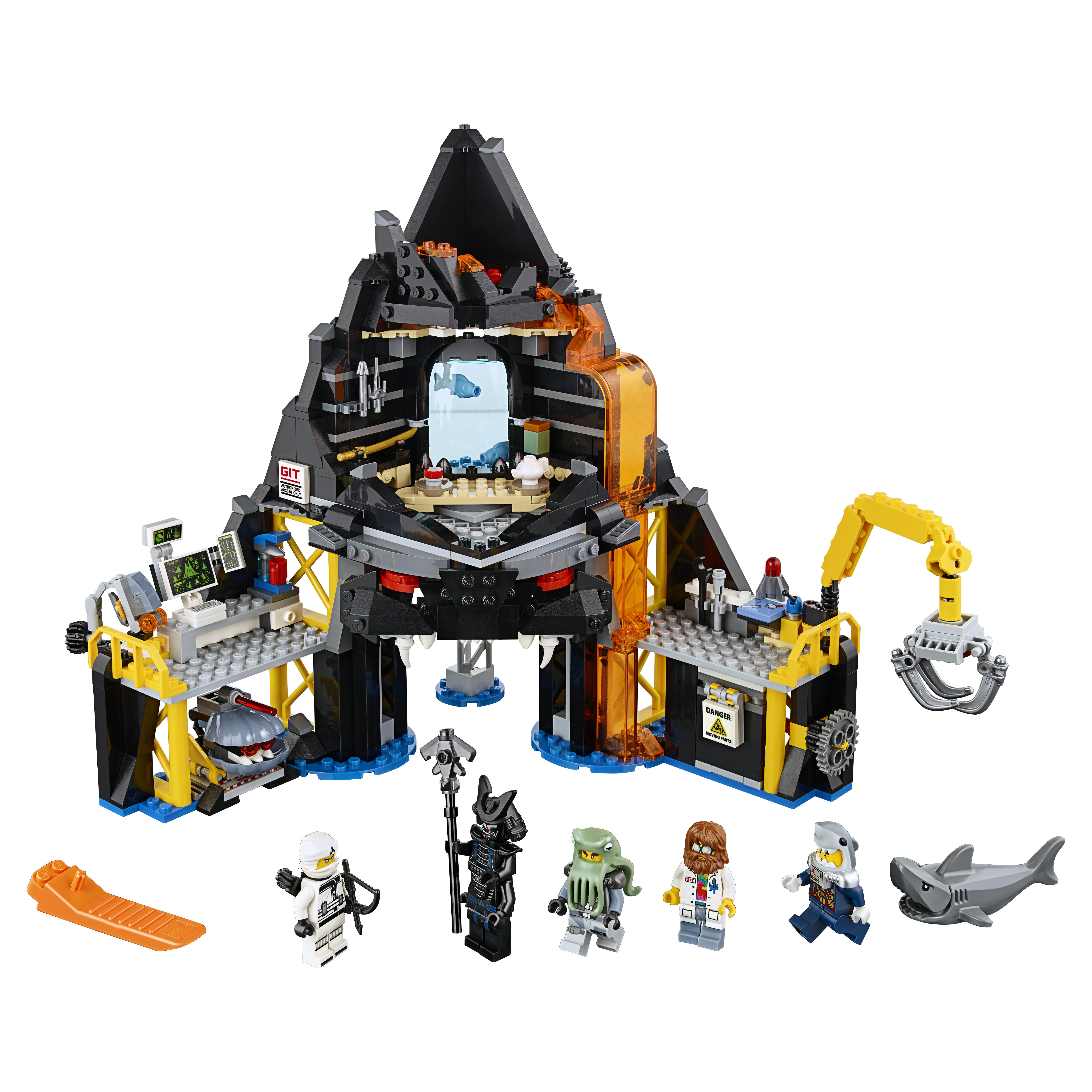 Конструктор LEGO Ninjago Логово Гармадона в жерле