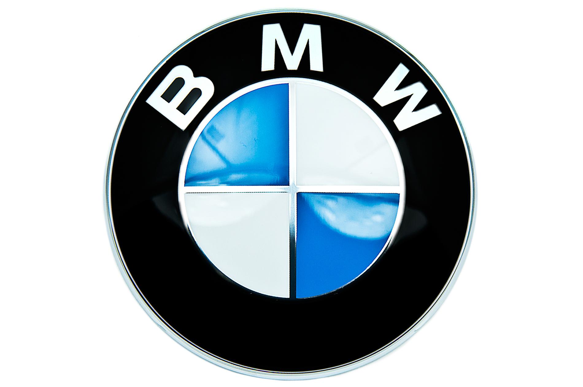 Эмблема на кузов BMW 51147196559