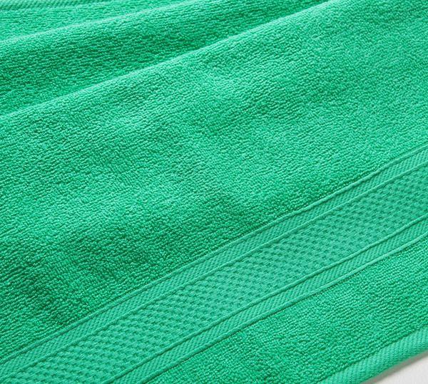 Полотенце махровое с бордюром (зеленое) 40х70