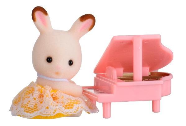 Купить Игровой набор sylvanian families младенец в пластиковом сундучке (кролик и рояль), Игровые наборы