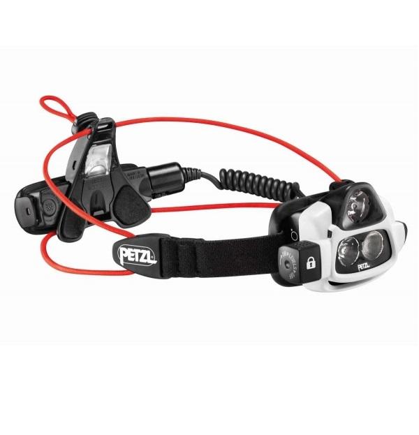 Туристический фонарь Petzl Nao 2 черный, 4 режима