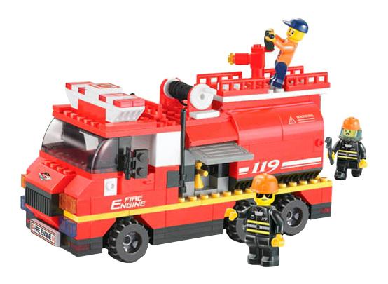 Конструктор пластиковый Sluban Пожарная машина средняя