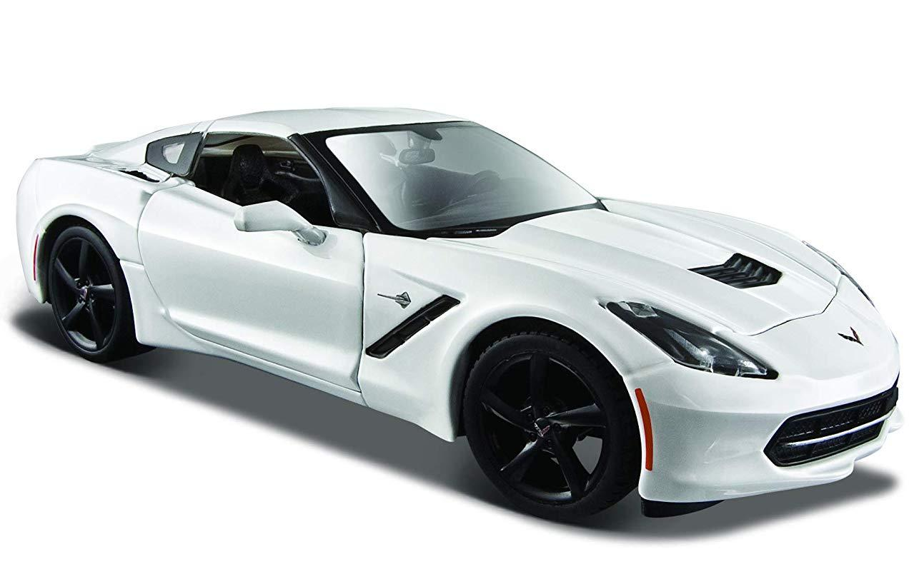 Купить Машинка Maisto белая - Chevrolet Corvette Stingray Coupe 2014г 1:24, Коллекционные модели