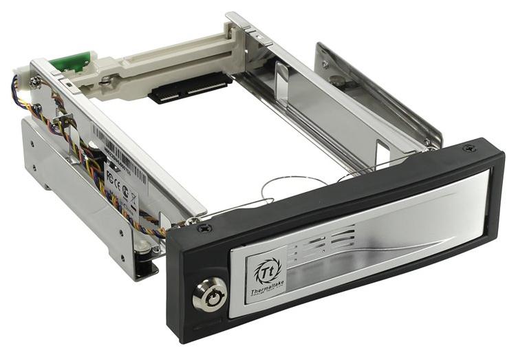 Внутренний карман (контейнер) для HDD Thermaltake Max4