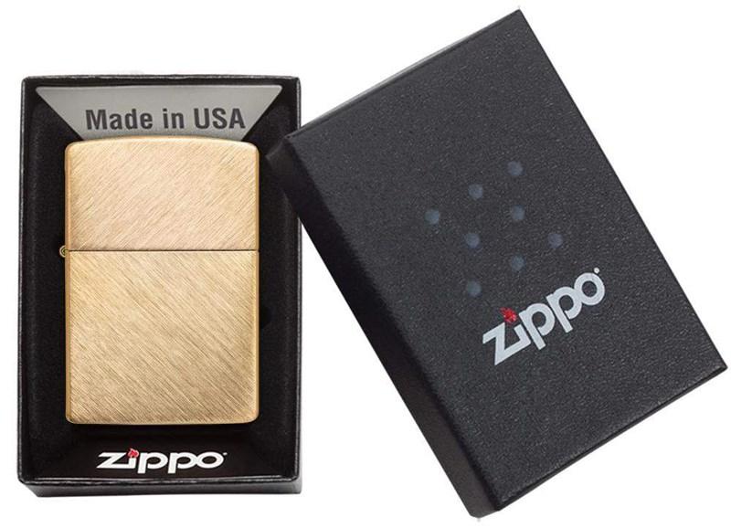 Бензиновая зажигалка Zippo Classic Herringbone Sweep
