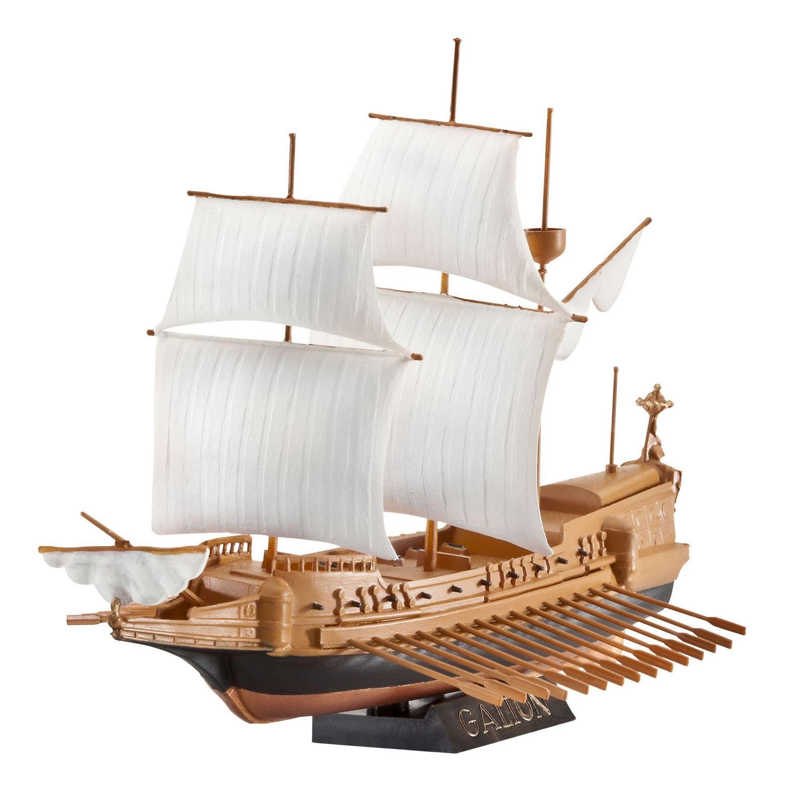 Корабль парусный испанский галеон