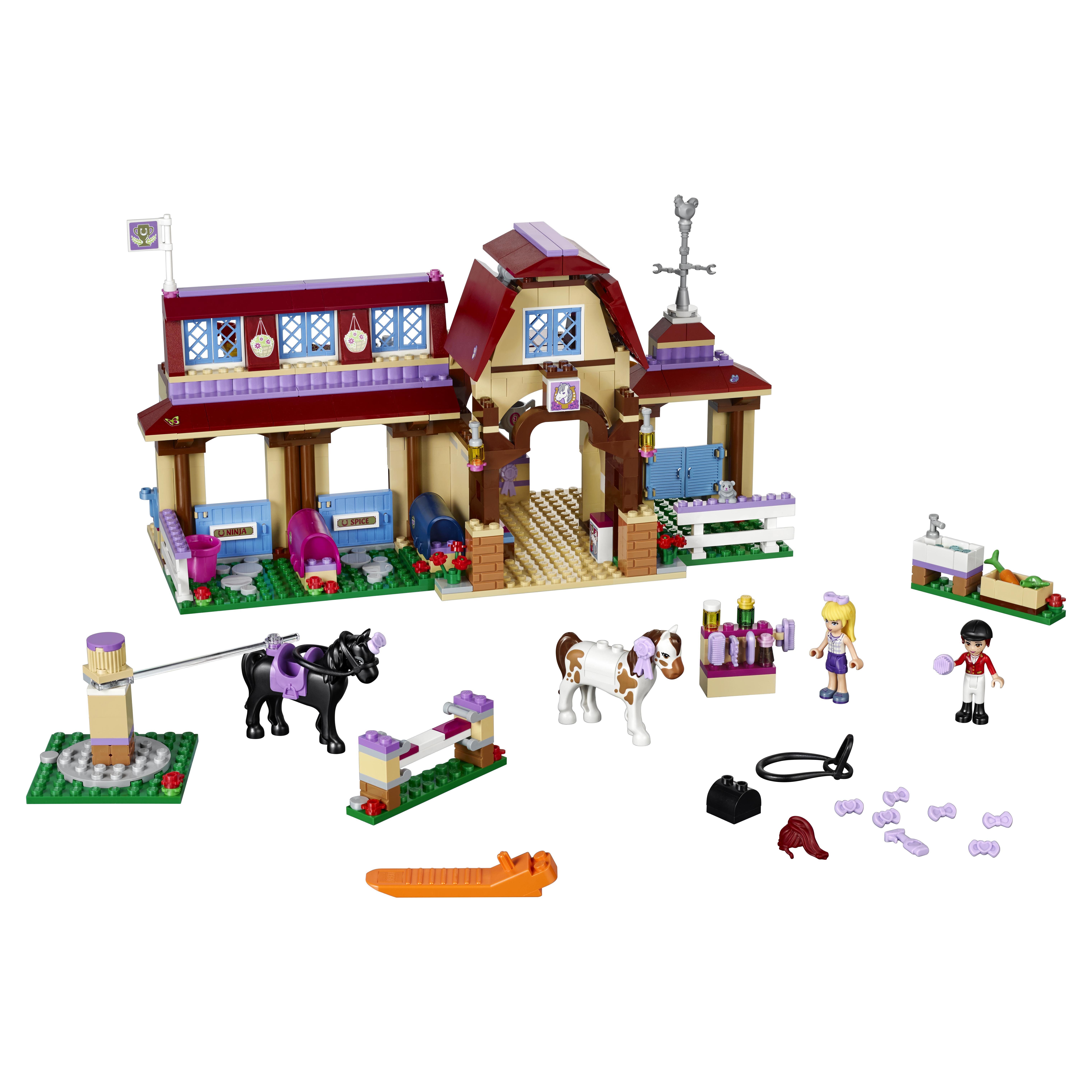 Купить Конструктор LEGO Friends Клуб верховой езды (41126)