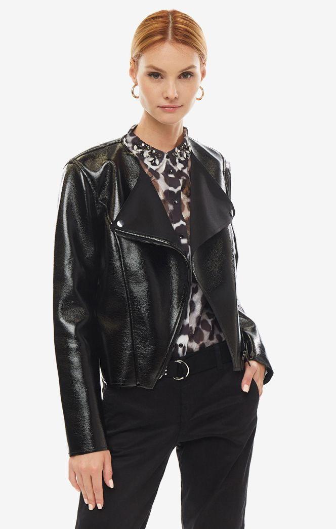Кожаная куртка женская Guess W93L76-WBTV0-JBLK черная L