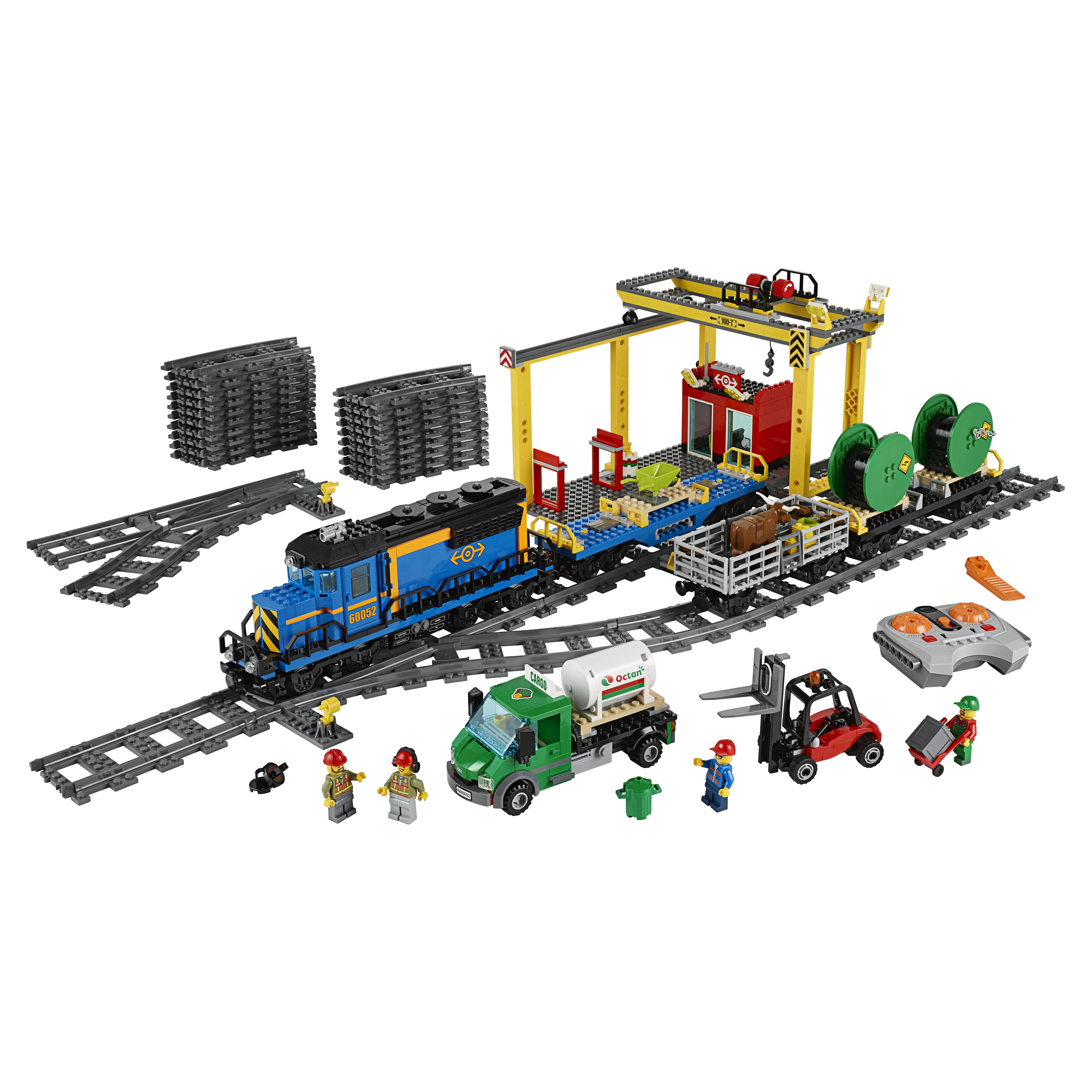 Купить Конструктор lego city trains грузовой поезд 60052, Конструктор LEGO City Trains Грузовой поезд (60052)